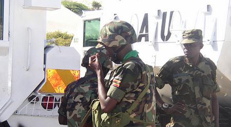 AUSomalia 32 dead in Somalia suicide attack